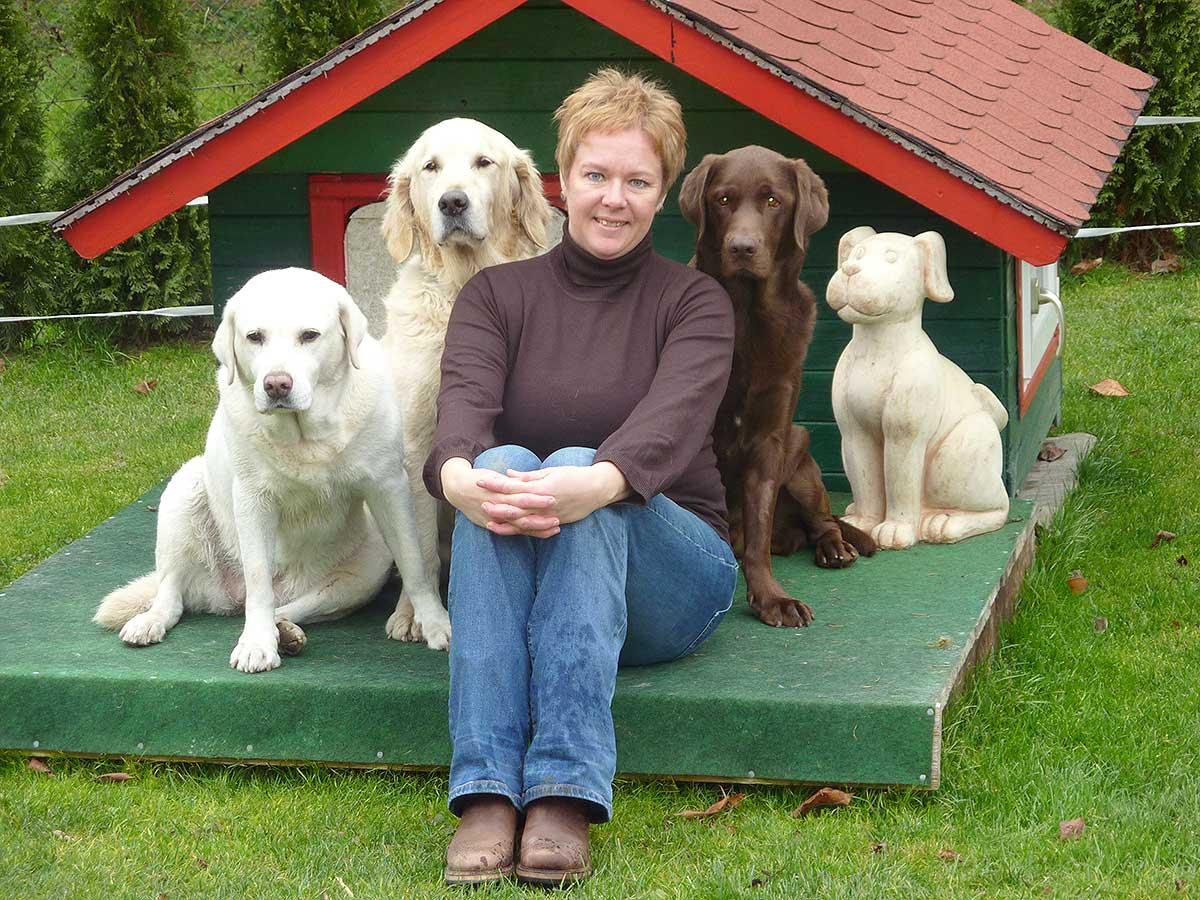 Patrizia Koessler mit Hunden
